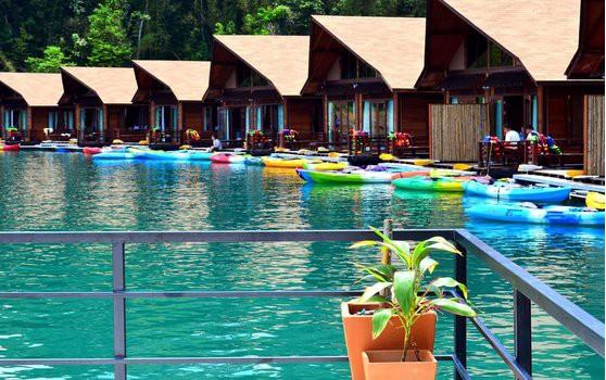 khao-sok-floating-resort